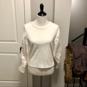 NWT Express Woman's Puff Sleeve White Top